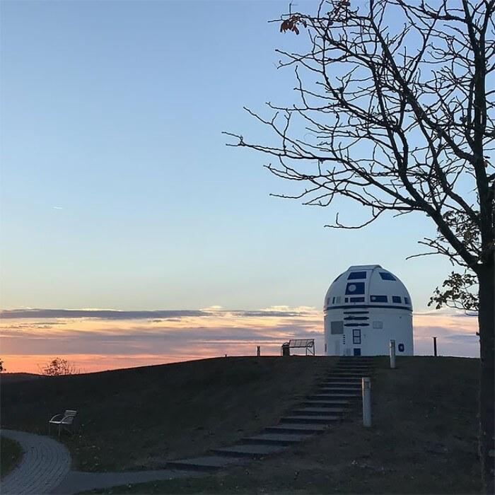 zweibruck observatory germany redesigned r2 d2 star wars hubert zitt 4 5c98adbfbd036  700 - Professor alemão constrói um observatório de astronomia em formato do RD-D2