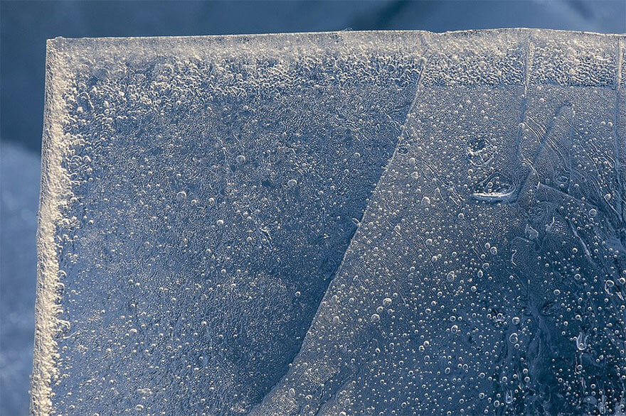 ice shards frozen lake michigan 6 5c934d9415eeb 880 - Lago congelado de Michigan se quebra em milhões de fragmentos e resulta em um lugar mágico