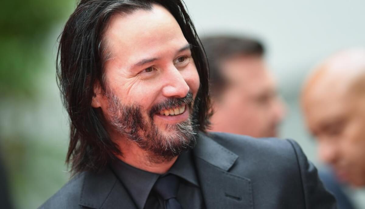 """5cdc79ce6a12d - Keanu Reeves admite ser um rapaz solitário e diz, """"Eu não tenho ninguém em minha vida"""""""