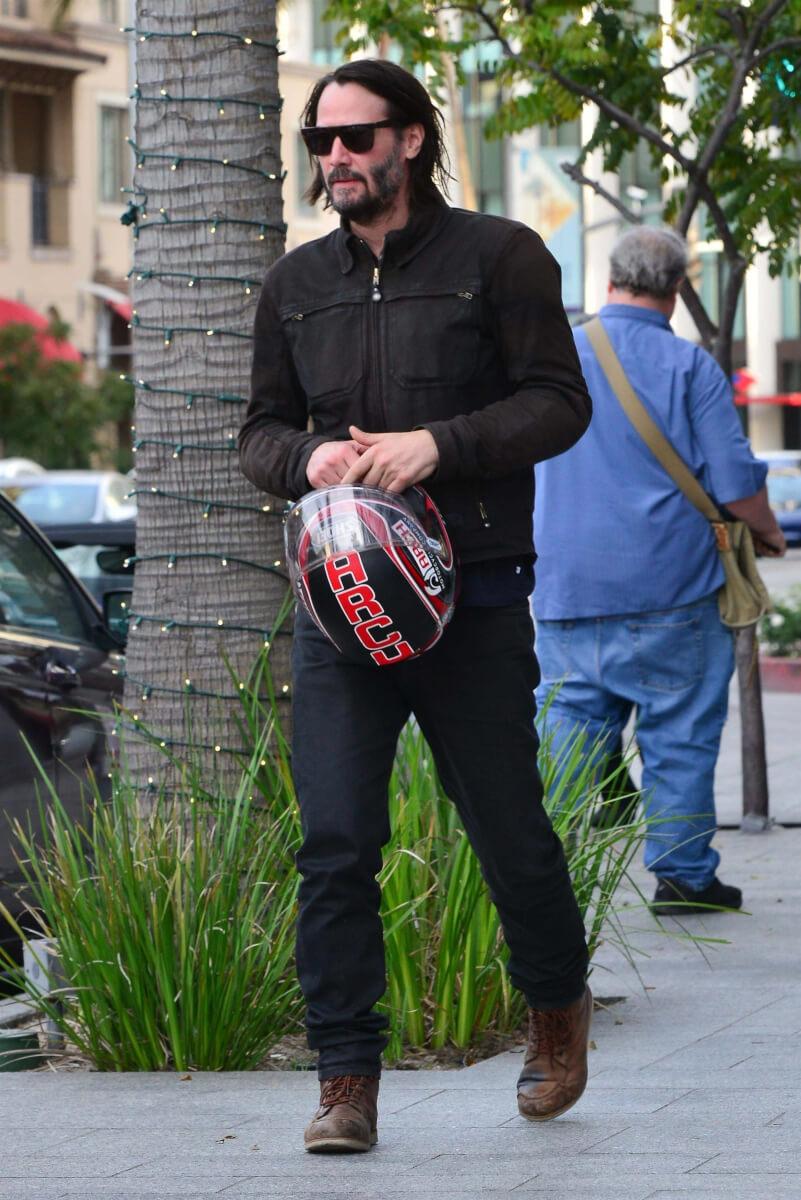 """BGUS 1543048 006 - Keanu Reeves admite ser um rapaz solitário e diz, """"Eu não tenho ninguém em minha vida"""""""