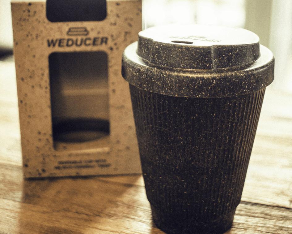 katteform2 - Conheça as xícaras e copos criados da reciclagem da borra de café