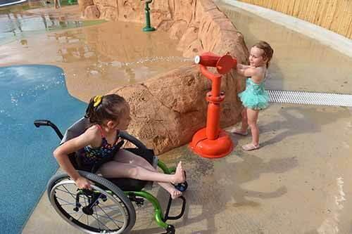 Parque 1 - O primeiro parque aquático do mundo dedicado a pessoas com deficiência