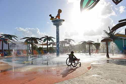 Parque 2 - O primeiro parque aquático do mundo dedicado a pessoas com deficiência