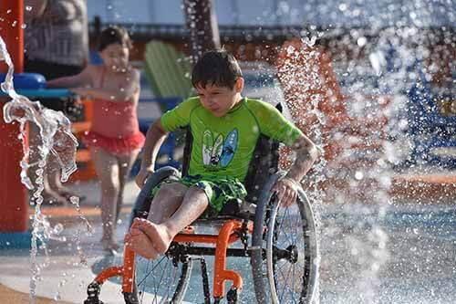 Parque 4 - O primeiro parque aquático do mundo dedicado a pessoas com deficiência