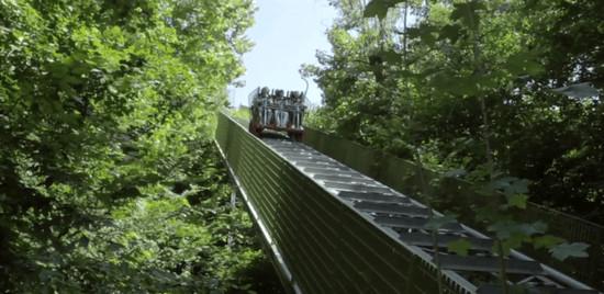 ai pioppi 5 - Conheça o parque de diversões em meio a floresta com zero eletricidade