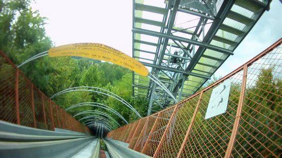 ai pioppi 6 - Conheça o parque de diversões em meio a floresta com zero eletricidade