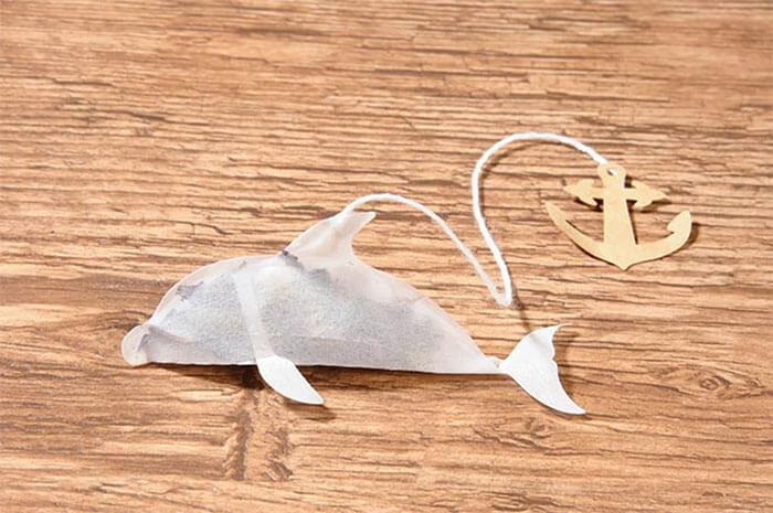 """golfinhoxic - Empresa cria saquinhos de chá de criatura do mar que """"ganham vida"""" dentro da sua xícara"""