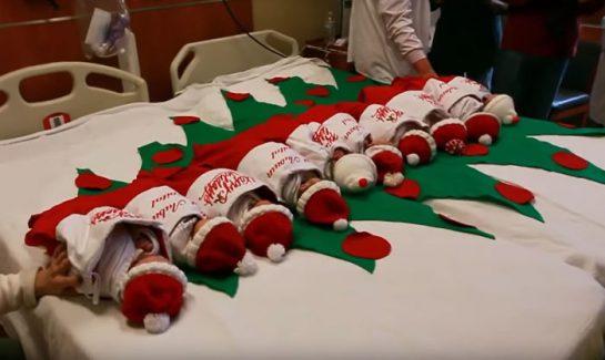 hospitalmeia - Há 50 anos, hospital manda recém-nascidos para casa em meias natalinas
