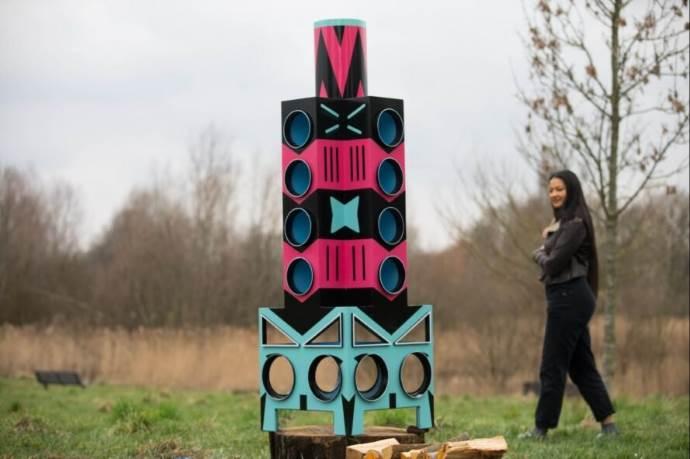 casa uccelli ikea3 - Empresa sueca transforma móveis em desuso para abrigar animais selvagens