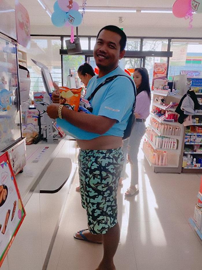 unusual ways people dealing plastic bag ban thailand 64 5e14399606708 700 - Tailândia começa 2020 proibindo sacolas plásticas e veja como as pessoas reagiram