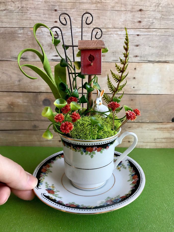 12 5e98470aa1189 700 - Teacup Gardens, são jardins em xícaras e trouxemos 10 exemplos maravilhosos para vocês admirarem