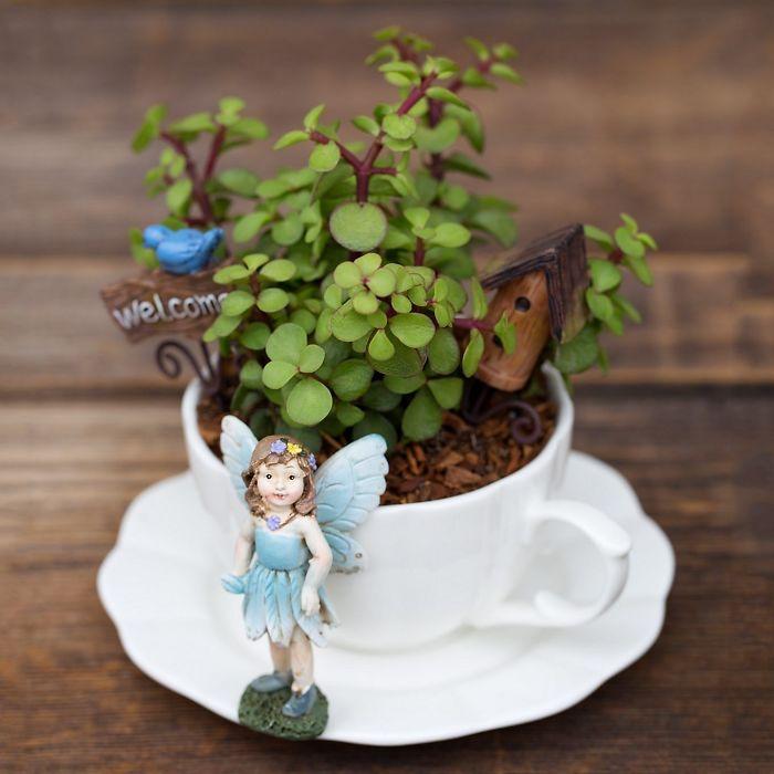 2 5e9846f22710a 700 - Teacup Gardens, são jardins em xícaras e trouxemos 10 exemplos maravilhosos para vocês admirarem