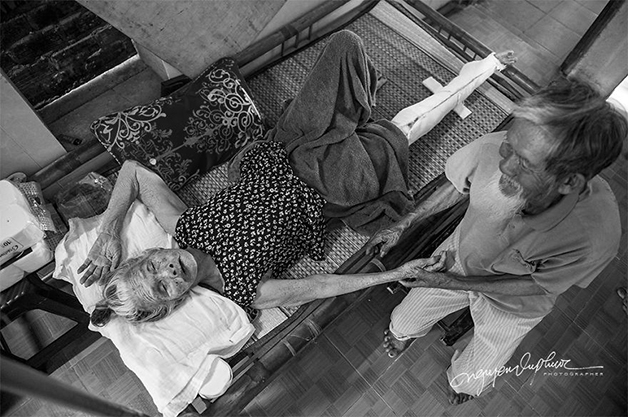 casal5 - Ensaio fotográfico eterniza momentos incrivelmente fofos de casal: juntos há 90 anos