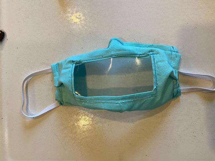 mascarasurdo3 - Estudante projeta e fabrica máscaras para surdos e deficientes auditivos