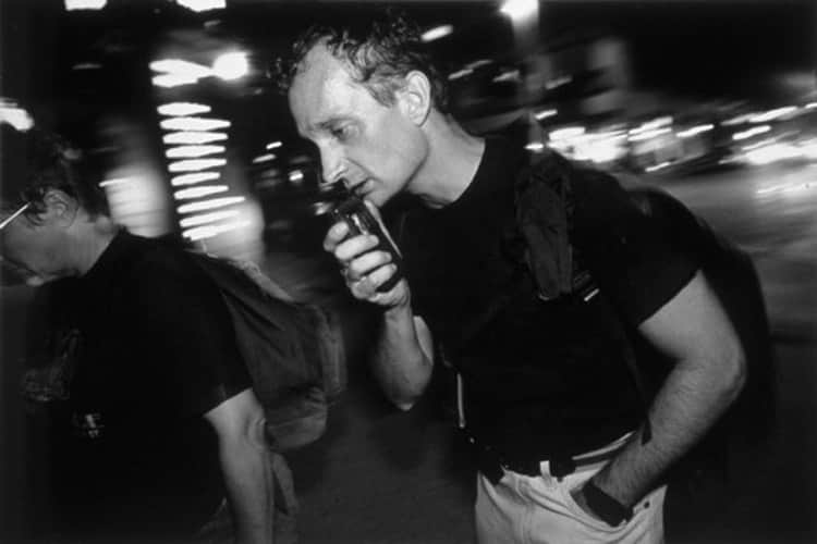 Jim Withers street doctor3 550x367 1 - Jaleco dispensado: Médico se veste como morador de rua para trata-los