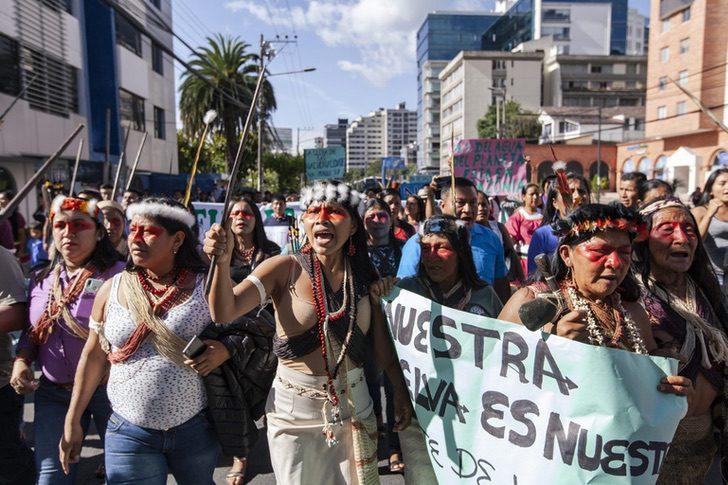 Foto 9 1536x1024 1 - Mulher indígena ganha prêmio ambiental em defesa da floresta amazônica