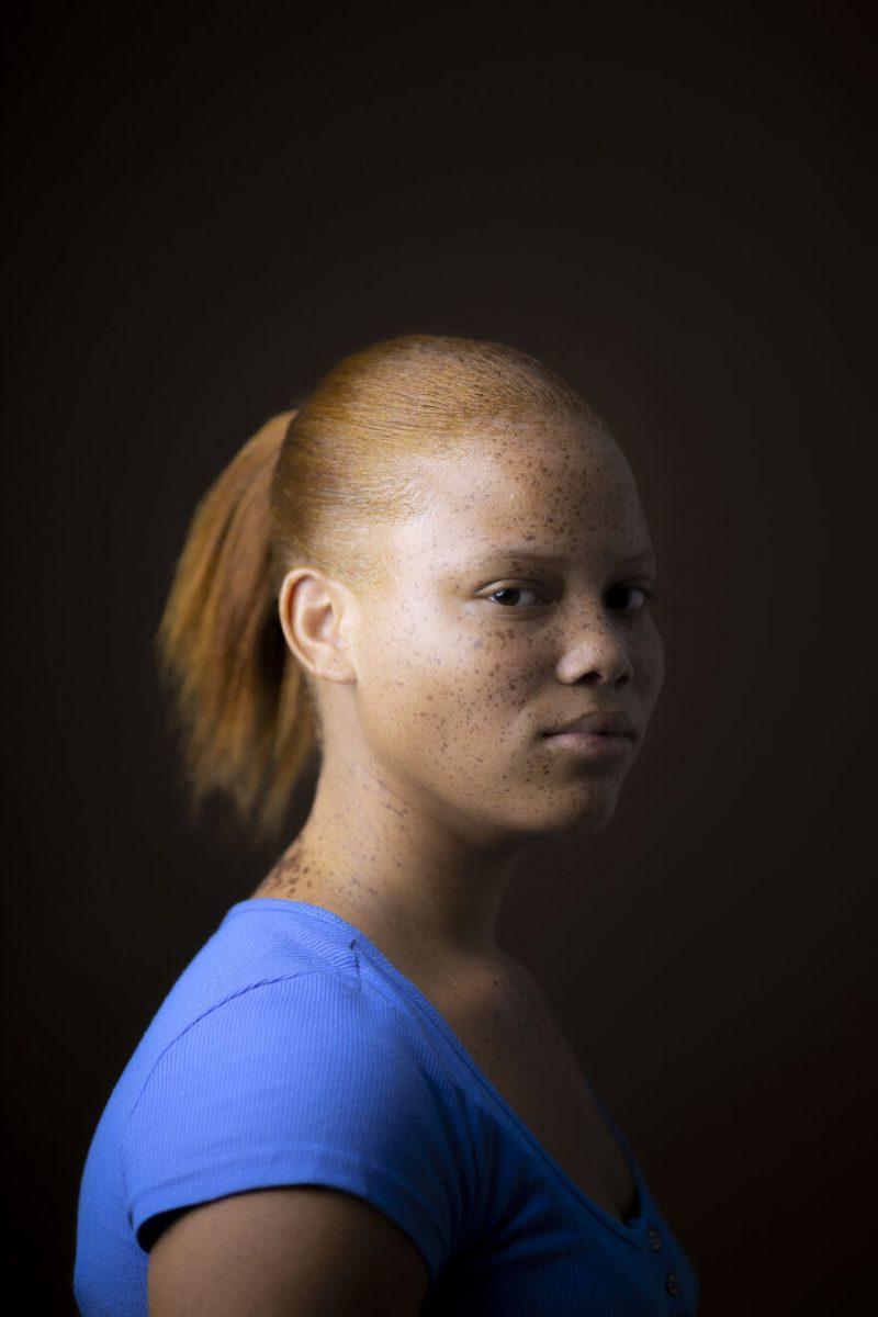 Scottish photographer travels the world photographing people redheads for 7 years 5fbfbbd374674  880 scaled - Fotógrafo retrata ruivos em diferentes países do mundo por 7 anos e o resultado é encantador