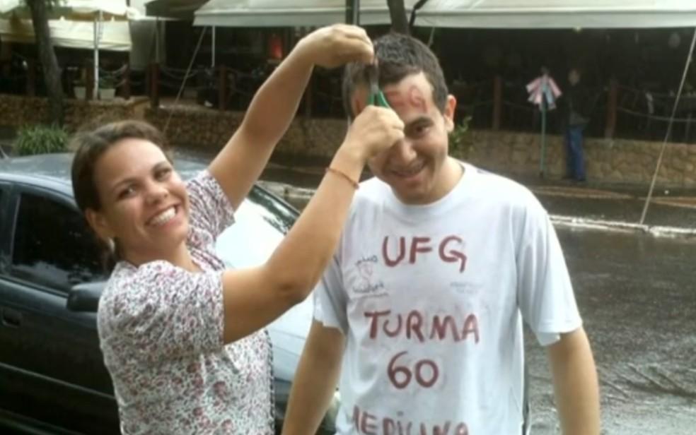 medico - Professor se cura da Covid-19 após ser tratado por médico a quem deu bolsa de estudos, em Goiânia