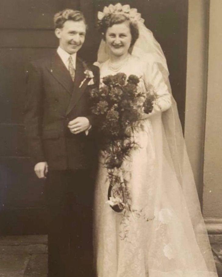 ancianos amor casados boda aniversario guerra0001 - Os anciãos emocionam a todos ao celebrar seu 70º aniversário de casamento. Quando o amor era verdadeiro e duradouro